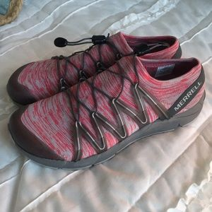 Merrell pink soft sneakers.